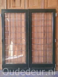 nr. e13 set glas in lood deuren