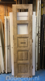 nr. 1496 oude deur met twee glasvakken