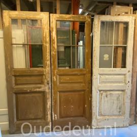 nr. 1479 drie antieke glasdeuren