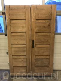 nr. set689 setje oude voordeuren geloogd