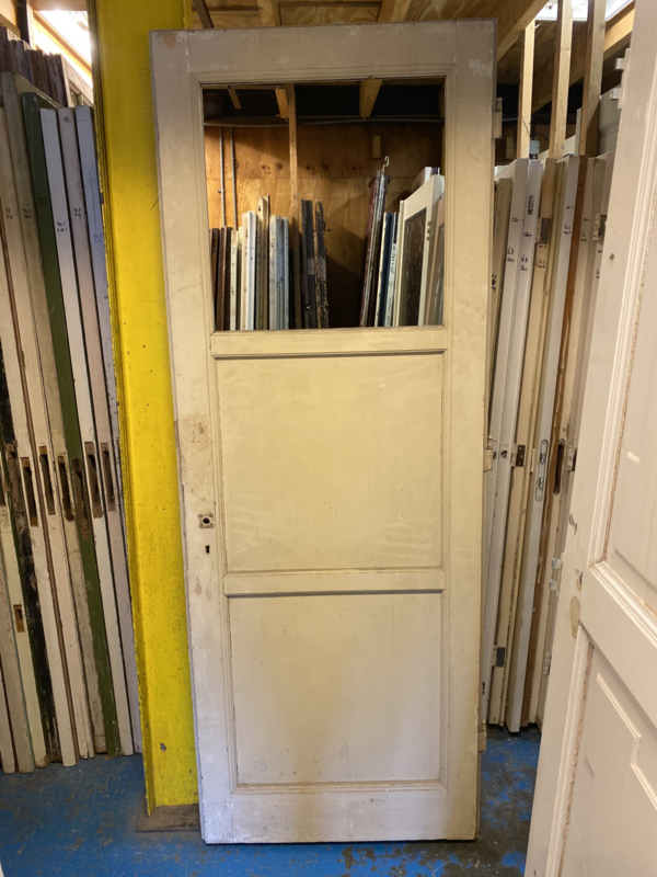 nr. 1056a drie vaks deur met glas