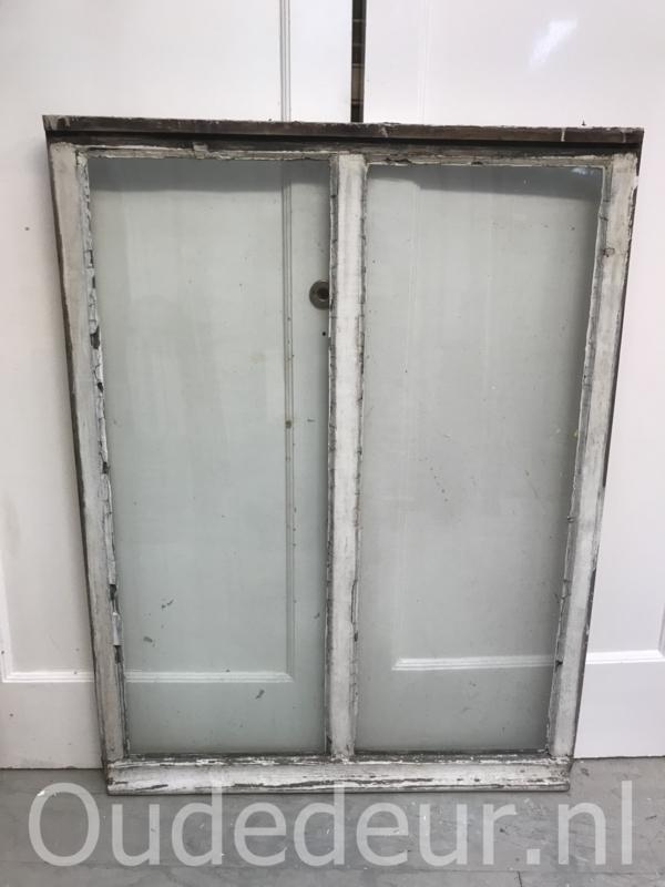 nr. r216 groot oud raam