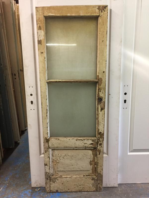 nr. 2251 klein antiek glas deurtje