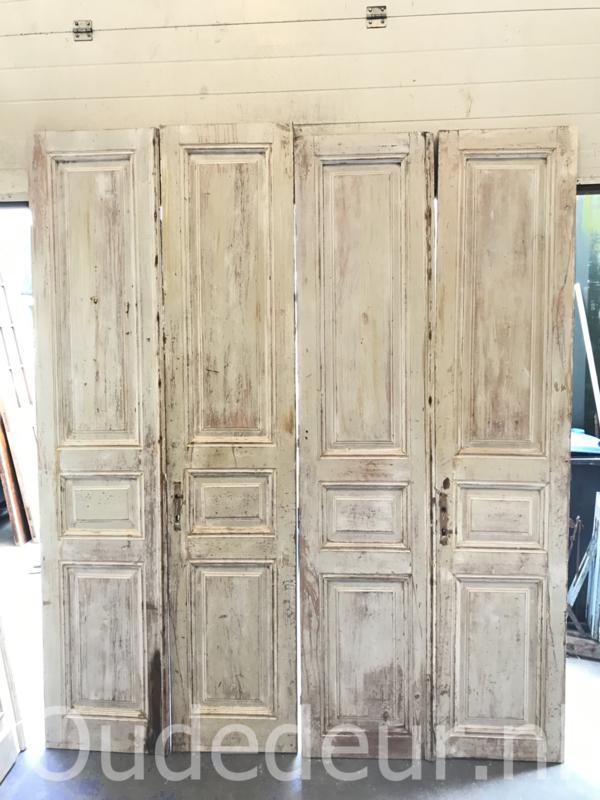 nr. set998 twee sets antieke deuren whitewash