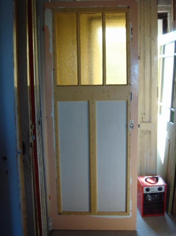 nr. 11b oude paneeldeur met drie ruiten