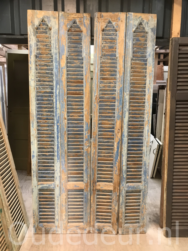 nr. L1000 grote serie half geloogde louvre deuren