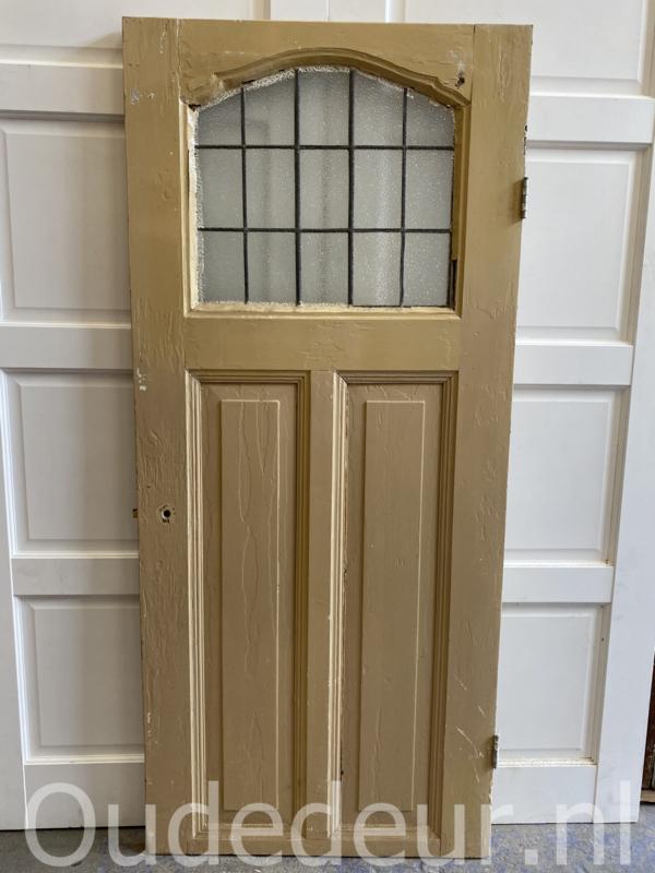 nr. GL479 oude glas in lood deur