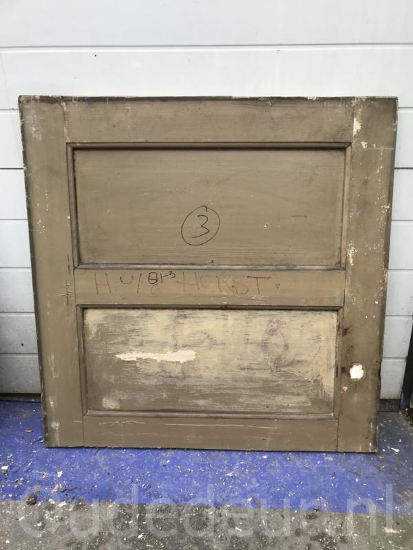nr. 4329 -2 oude kleine deurtje
