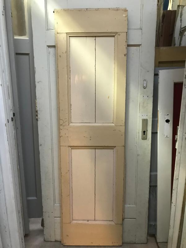 nr. 1953 klein opgeklampt deurtje