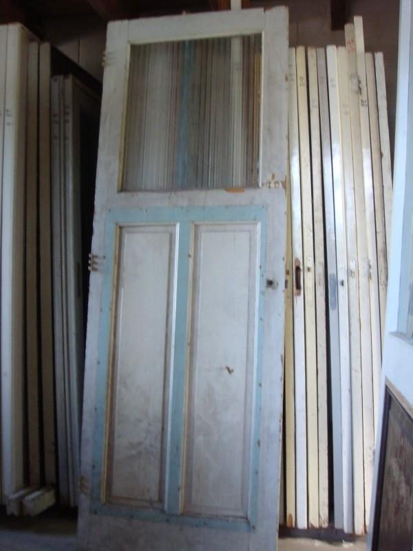 nr. 35 antieke paneeldeuren met een ruit