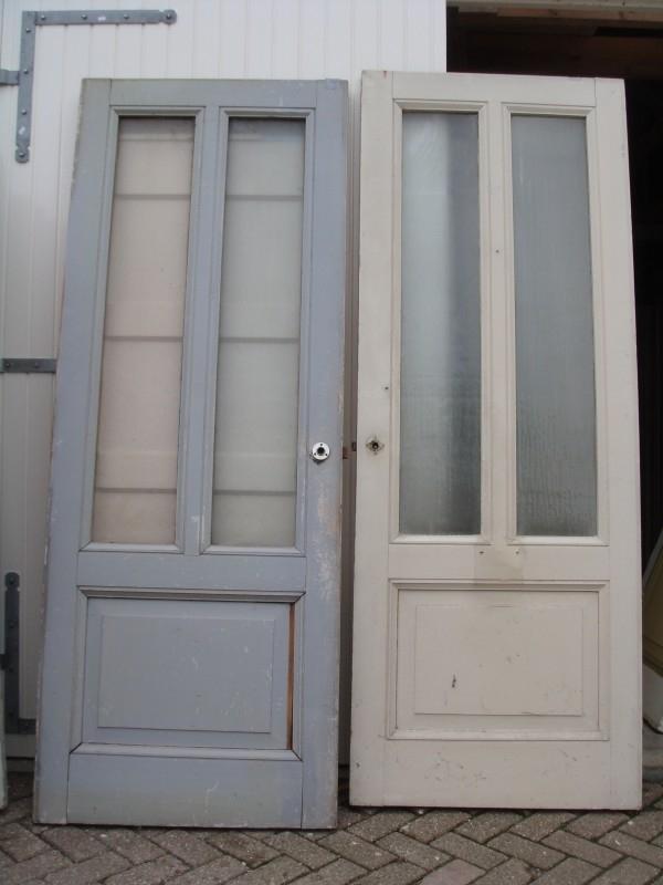 nr. 204 antieke deuren met twee ruiten en een paneel