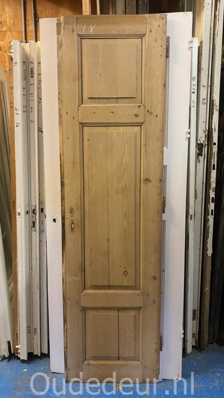 nr. 1495 oude deur geloogd