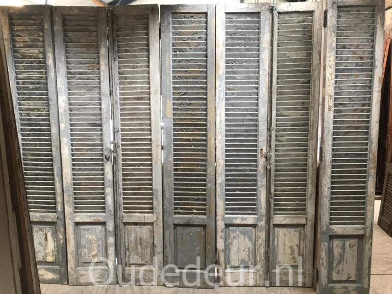 nr. L536J veel gelijke half geloogde louvre deuren