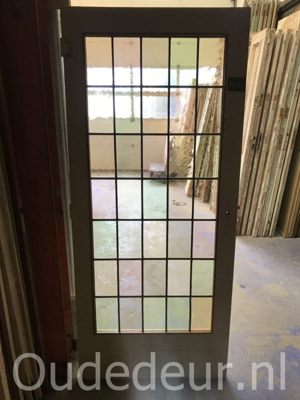 nr. GL380 glas in lood deur gekleurd
