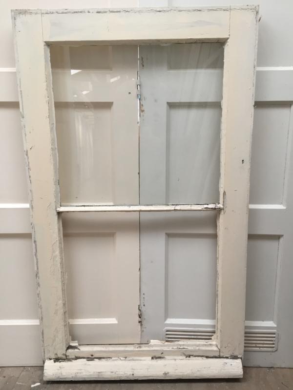 nr. r69 oud raam