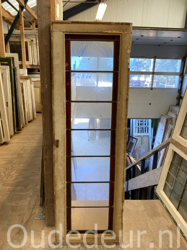 nr. gl509 smalle glas in lood raam