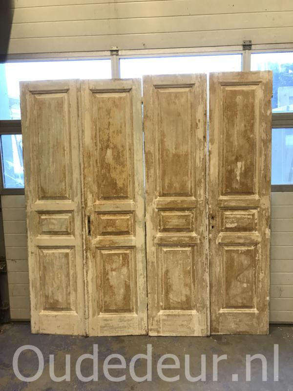 nr. set712 nog een sets oude deuren