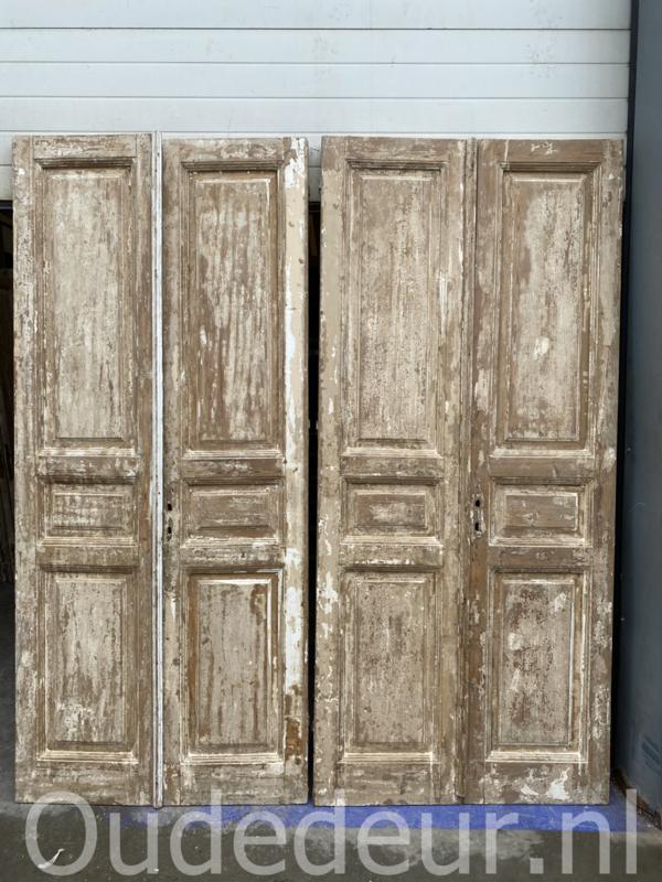 nr. set493  dubbele antieke geloogde deuren, twee sets