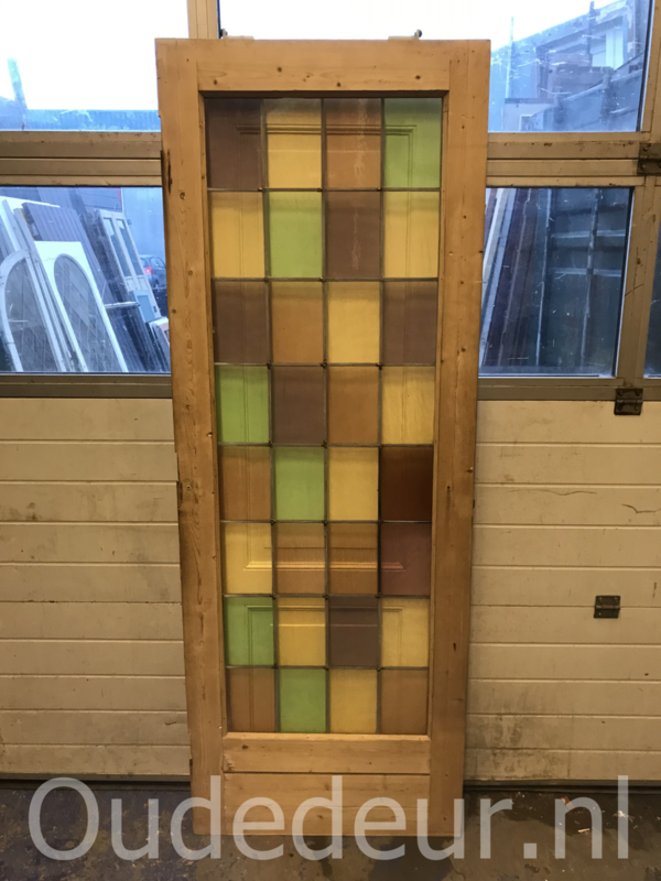 nr. GL461 kale glas in lood deur