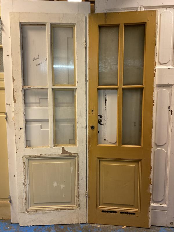 nr. 233 antieke deuren met 4 ruiten met kruisverdeling in het glas