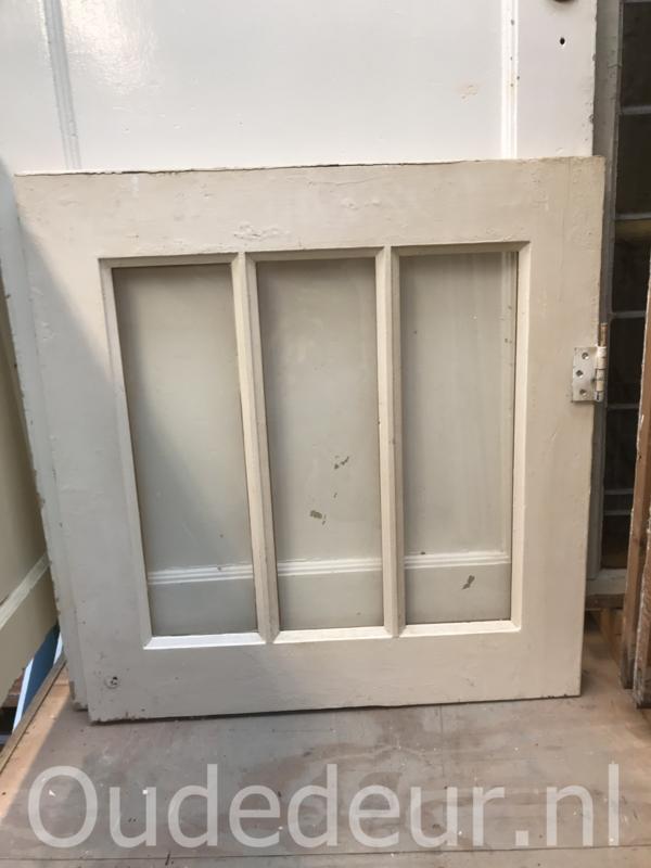 nr. r203 raam met drie ruitjes
