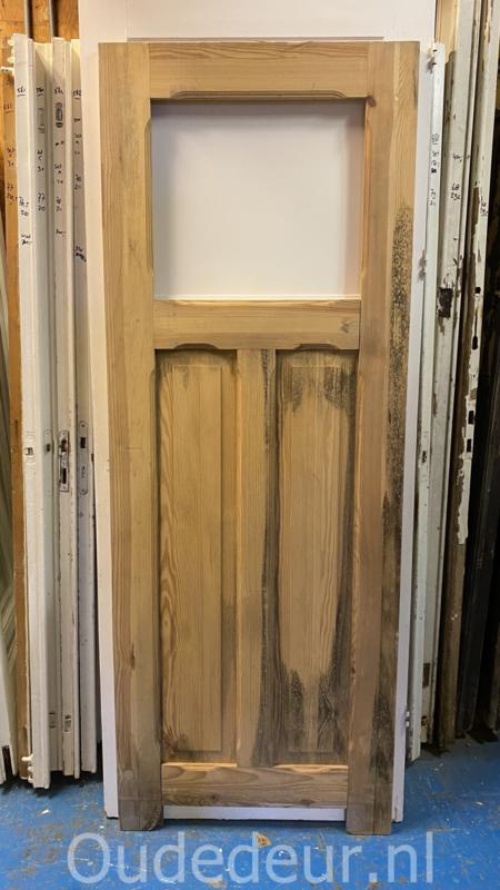 nr. 1503 geloogde oude deur