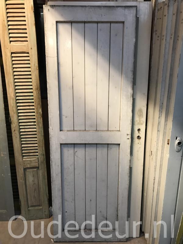 nr. 1831 serie opgeklampte deuren