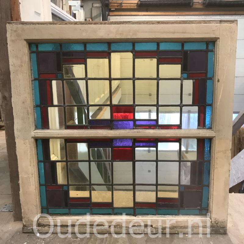nr. GL437 oude glas in lood raam