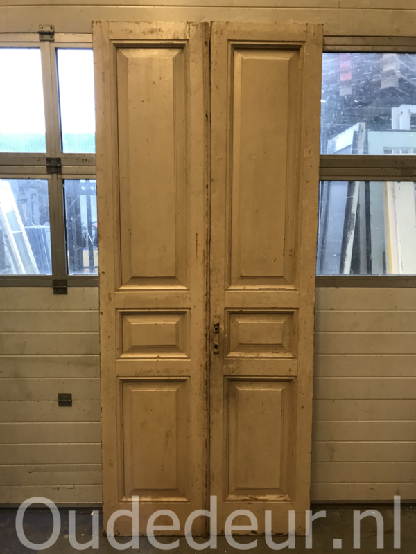 nr. set932 set oude antieke deuren