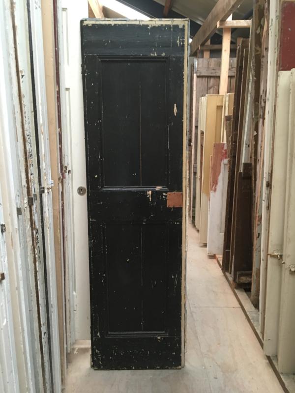 nr. 4112 opgeklampt deurtje