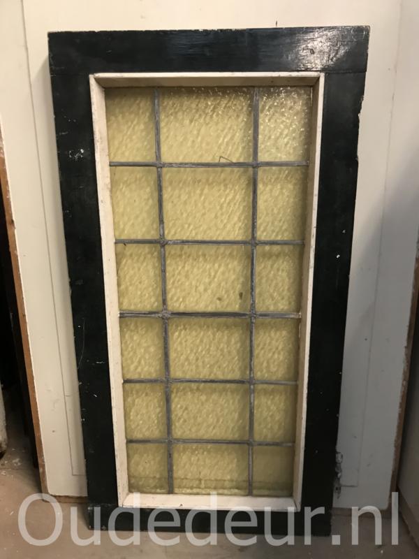 nr. GL403 smal glas in lood raam