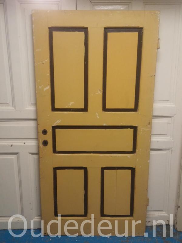 nr. 1321 oude gele deur