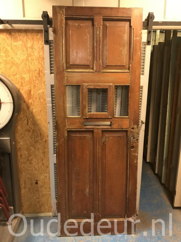 nr. v189 antieke voordeur