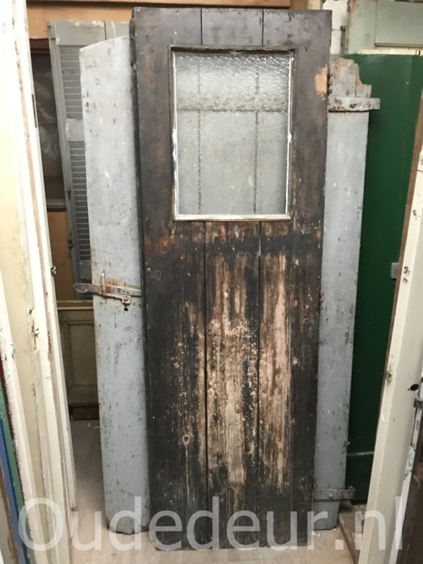 nr. 4208 stevige smalle oude deur