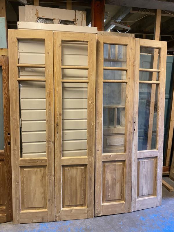 nr. set565 twee gelijke sets oude glasdeuren geloogd
