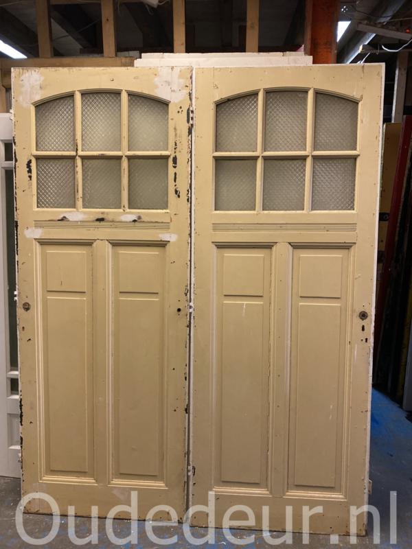 nr. 1078 oude antieke deur met ruitjes