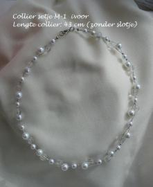 Bruids collier  M-1  glasparels ivoor met glaskralen  NIEUW !!