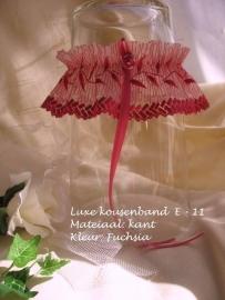 Kouseband  E- 11  Fuchsia  Nieuw!!