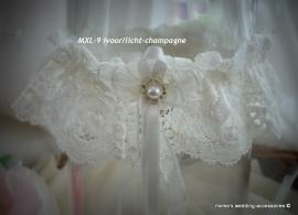 Kouseband MXL - 9  ivoor - licht champagne