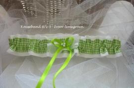 Kousenband  R/s - 3  Ivoor met limegroen ruitje  NIEUW!!