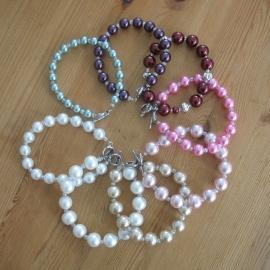 Handgemaakte (bruids) armbandjes in héél veel kleuren ......