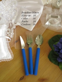 besteksetjes  voor bijv. bruidstaart/feestje  no 16  kobaltblauw