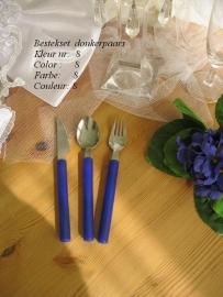 besteksetjes  voor bijv. bruidstaart/feestje  no 8  donkerpaars