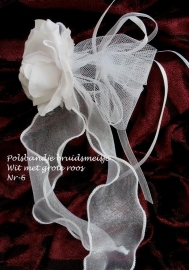 Polsbandje wit nr 6  bruidsmeisje  NIEUW !!