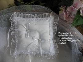 Romantisch ringkussen R-16  geborduurde bruidssatijn , met organza ruche