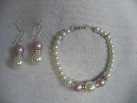 Bruids-armbandje  M-BR-15  ivoor met lila en zilverkleurige strass spacers
