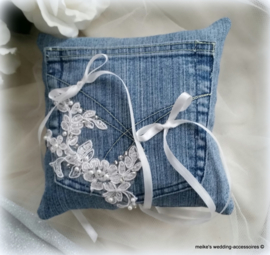 Thema  Jeans/Denim