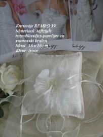 Ringkussen Rembo  39  ivoor  NIEUW !!