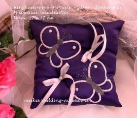 Ringkussen met vlinders  B-8-3  Paars met zilver/donkergrijs   (u-14)
