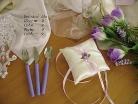 besteksetjes  voor bijv. bruidstaart/feestje  no 9  lila